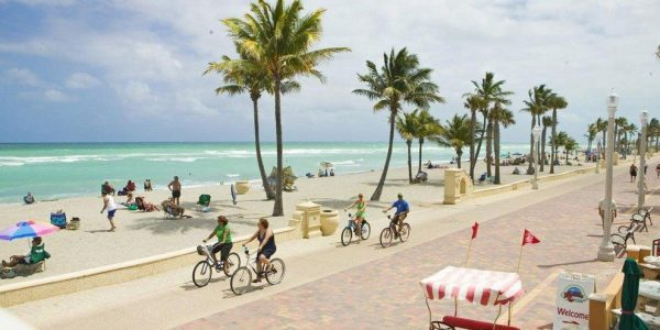 p-hollywood-beach-broadwalk-hollywoodbeachbroadwalk_54_990x660_201404220503